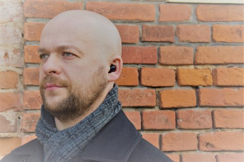 Tronsmart Spunky Beat: widok w uchu / fot. techManiaK
