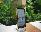 Pierwszy na świecie smartfon z kolorowym ekranem e-ink pojawił się na CES 2020