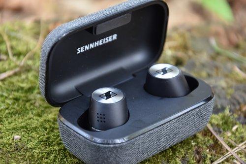 Sennheiser Momentum True Wireless 2 . fot. techManiaK