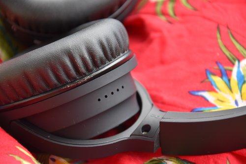 Hykker ES-3092: słuchawki z Biedronki z ANC / fot. techManiaK