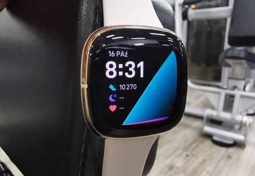 Fitbit Sense / fot. techManiaK