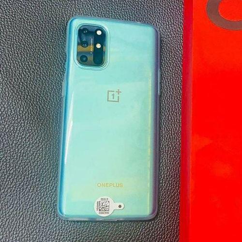 OnePlus 8T / фот. Ишан Агарвал
