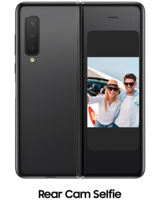 Rear camera selfie/ fot. Samsung