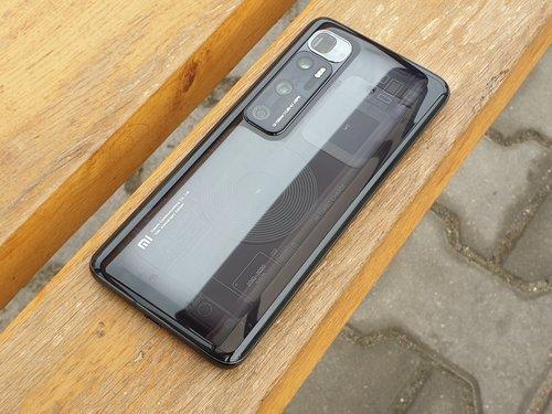 Xiaomi Mi 10 Ultra / fot. gsmManiaK