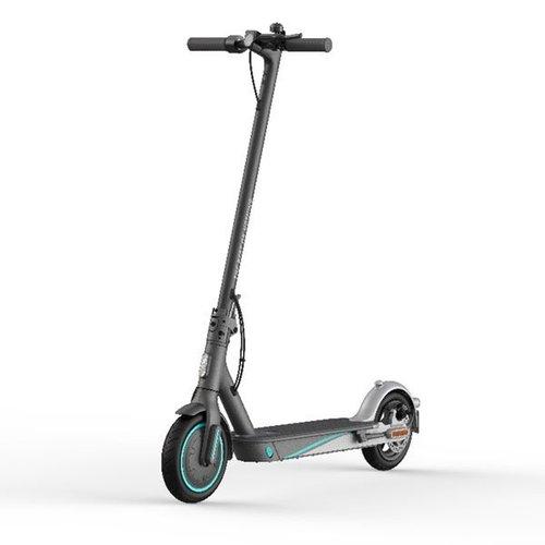 Mi Electric Scooter Pro2 Mercedes-AMG Petronas F1 Team/ fot. producenta