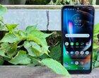 TEST | Dobrze, że Motorola Defy (2021) jest wytrzymała, bo będziesz chciał nią rzucić