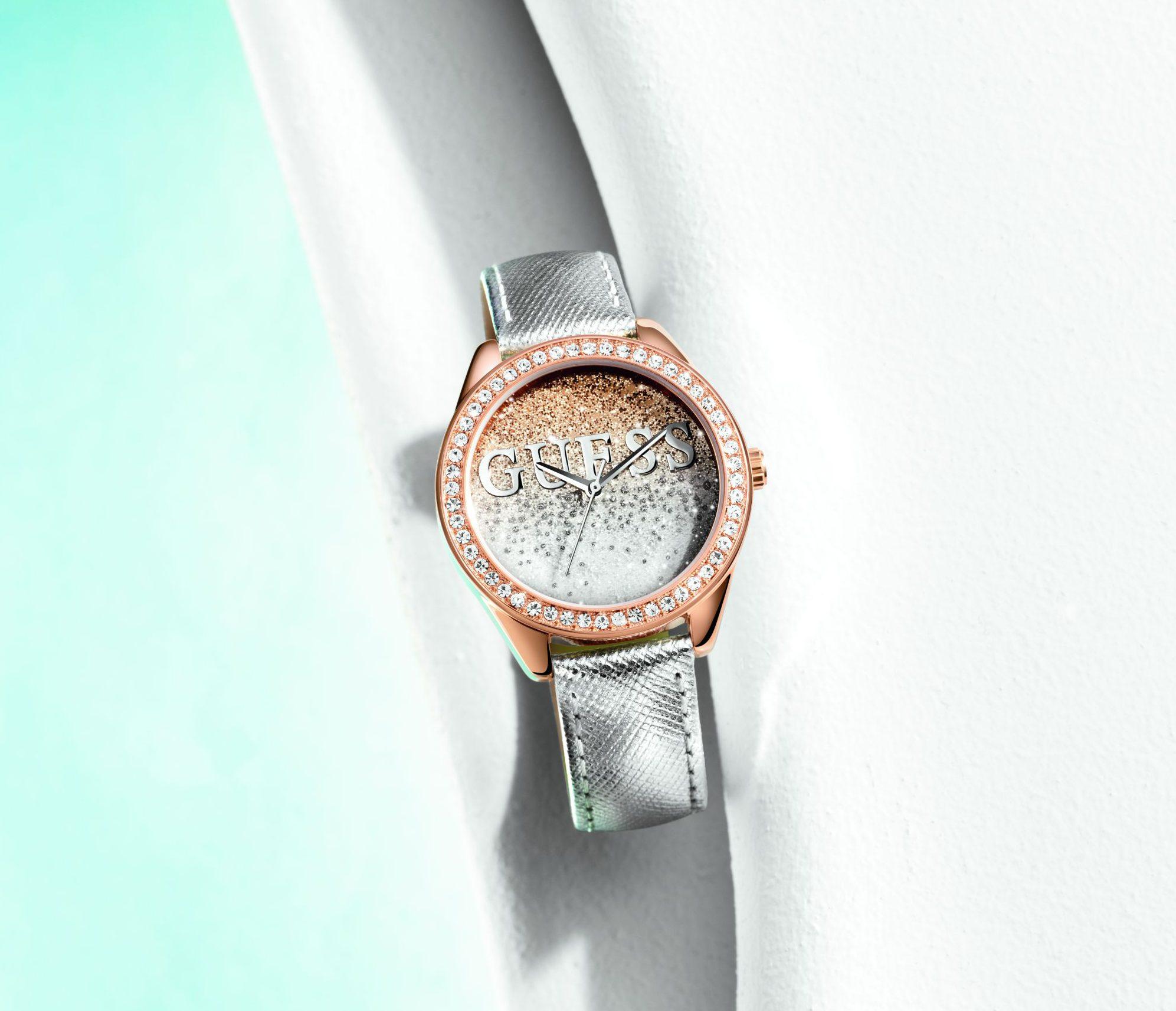 84529c917921e Karnawałowa kolekcja zegarków damskich Guess