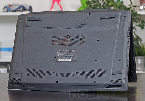 Hyperbook N85 / fot. mobiManiaK.pl