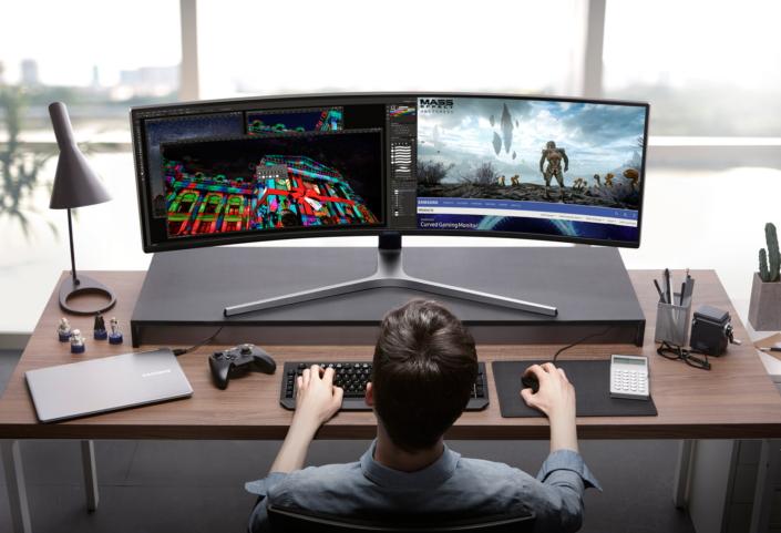 QLED-Gaming-Monitor_main-4