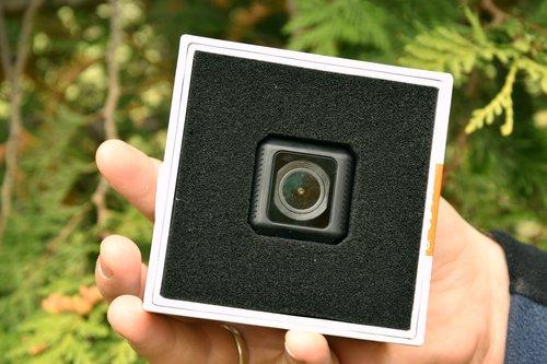 Runcam 5: ułożenie kamery w opakowaniu / fot. techManiaK