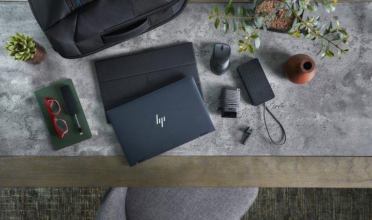 HP Elite Dragonfly / fot. HP