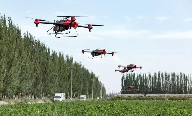 XAG: drony opryskujące / fot. XAG