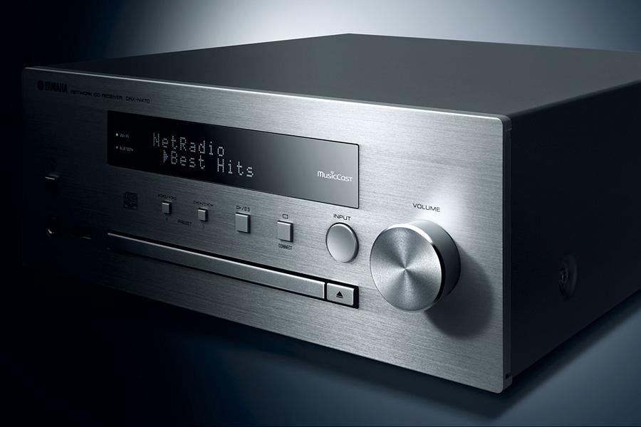 MCR-N570D - klasyczna elegancja i technologie dla wymagających/fot.mat.prasowe