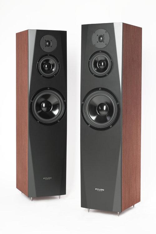 Pylon Audio Sapphire 31 / fot. Pylon Audio