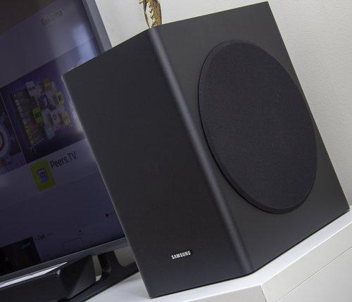 Głośnik niskotonowy z zestawu Samsung HW-R650 / fot. techManiaK.pl
