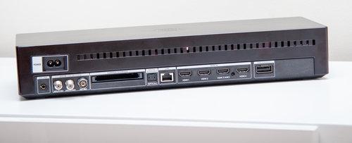 Moduł One Connect w telewizorze Samsung QE65Q90R / fot. techManiaK.pl