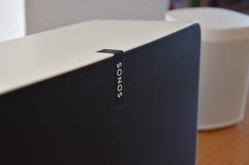 Sonos Play:5 i One w tle / fot. techManiaK