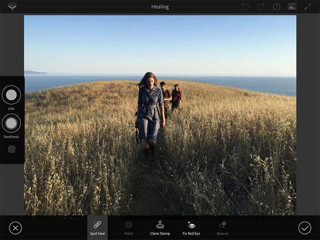 Adobe zaprezentuje aplikację do obróbki zdjęć na urządzeniach mobilnych - adobe obróbka zdjęć photoshop project rigel