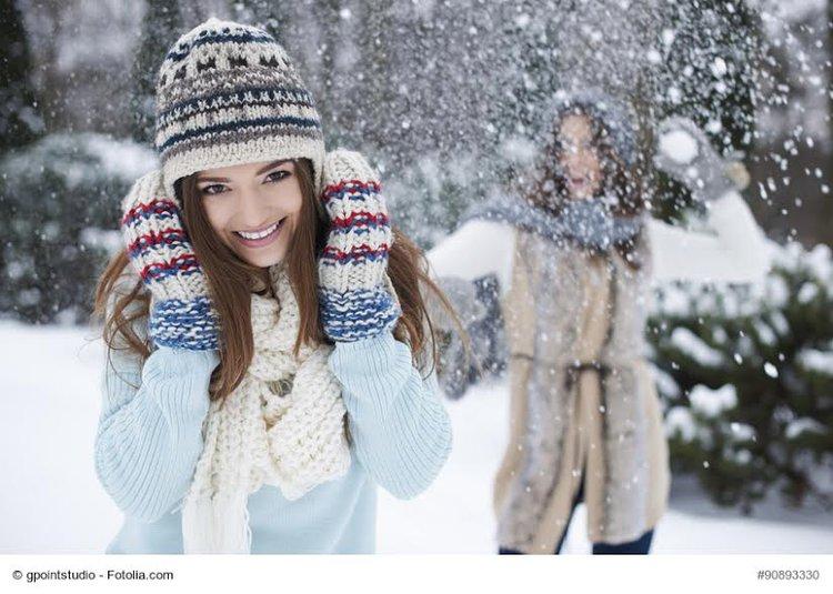 Jak fotografować zimą? Praktyczne wskazówki -