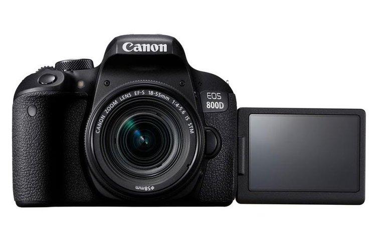 Canon EOS 800D – lustrzanka dla amatora, ale z dobrym AF -
