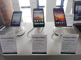 Krüger&Matz MOVE 6 mini. Bardzo podstawowy smartfon z ekranem 4″ -