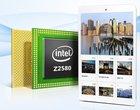5-megapikselowy aparat 7.9-calowy ekran dwurdzeniowy procesor Intel Atom Z2580
