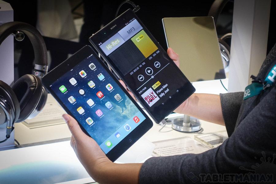Sony Xperia Z3 Tablet Compact i iPad Mini - porównanie nieuniknione / fot. tabletManiaK.pl