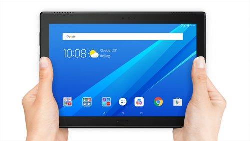 Lenovo-Tab4-Plus_10inch_schwarz_frontal_in-Händen