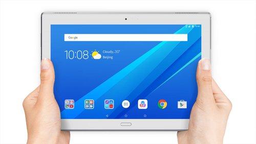 Lenovo-Tab4-Plus_10inch_weiß_frontal_in-Händen